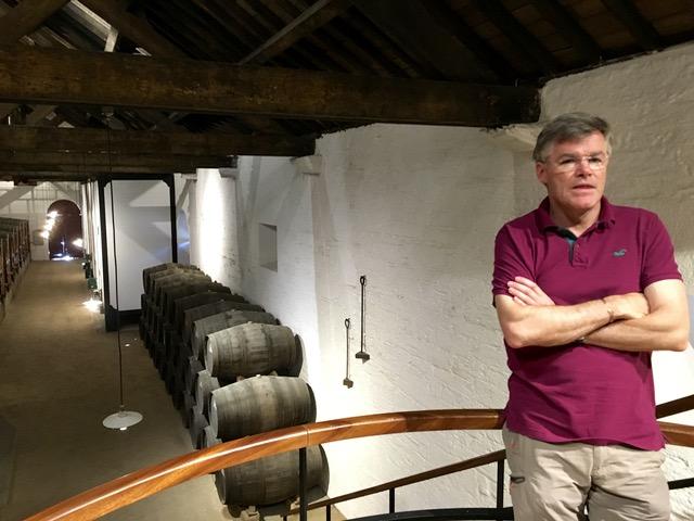 Euen_MacKay_in_Cellar