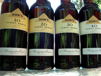 Dow_tawny_vertical